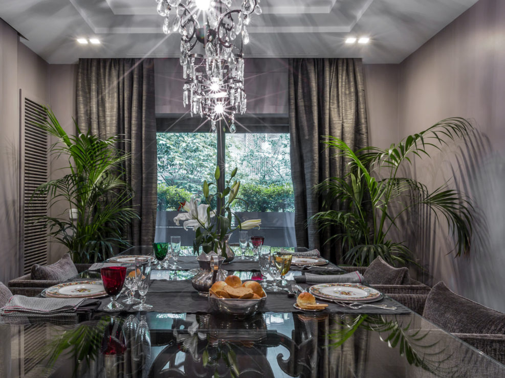 Sala da Pranzo a casa di Luciana - Roma